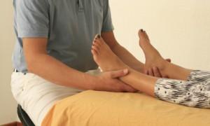 Stillpunktsetzen an den Füßen